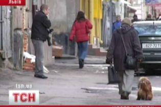 У Львові через звільнення чоловік наклав на себе руки (відео)