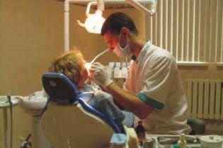 Стоматолога переплутали з грабіжником