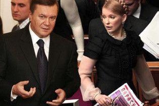 Тимошенко продовжує кликати Януковича на теледебати
