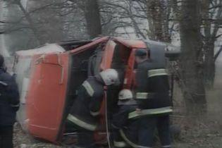 ДТП на Черкащині: 13 людей травмовано (відео)
