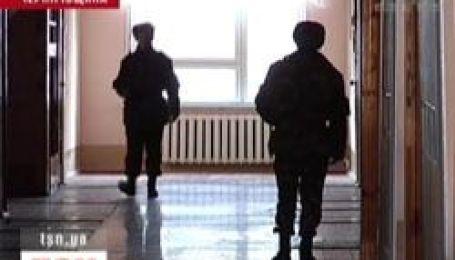 Солдат строкової служби втік із військової частини і заподіяв собі смерть