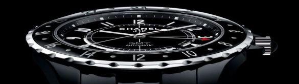 Інкрустований діамантами годинник J12 (Фото: chanel.com)