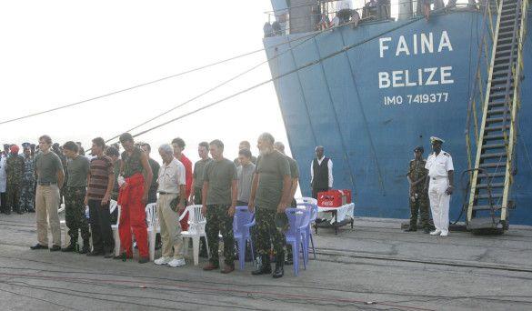 Моряки з Faina (Прес-служба президента)