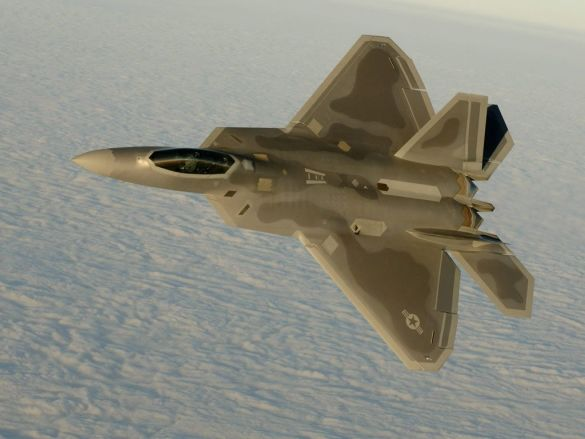 Винищувач F-22A (Фото: www.defenseindustrydaily.com)