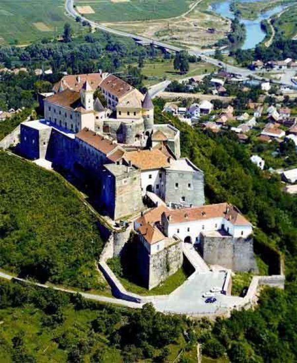 Генпрокуратура візьметься за Мукачівський замок (фото)