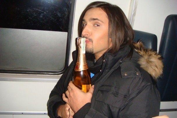 Козловський на швидкій допомозі їздив за шампанським