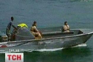 Росіяни відпустили сомалійських піратів, які раніше захопили їх танкер
