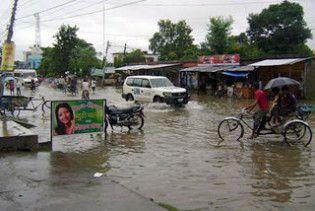 Через проливні дощі у Непалі загинули 34 людини