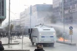 Курдські бойовики обстріляли ракетами поліцейську академію в Туреччині