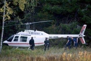 Канадський військовий злітав на вертольоті до їдальні