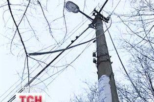 У результаті негоди в Україні знеструмлено 205 населених пунктів