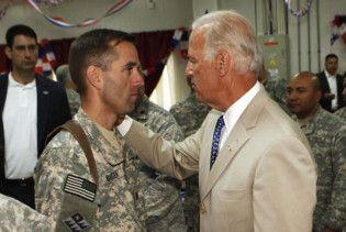 Син віце-президента США повернувся з військової служби в Іраку