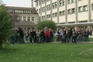 Французький школяр спланував розстріл своїх вчителів