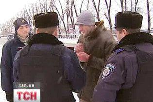 ЦВК попросила міліцію не заважати проводити вибори