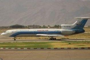 При аварійній посадці літака в Ірані постраждали щонайменше 46 людей