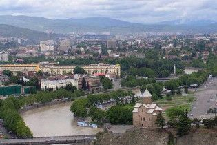 Десятки тисяч грузин залишилися без світла в Тбілісі через вибух на ТЕЦ