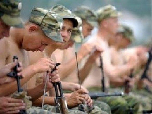 Половина смертей в російській армії від самогубств