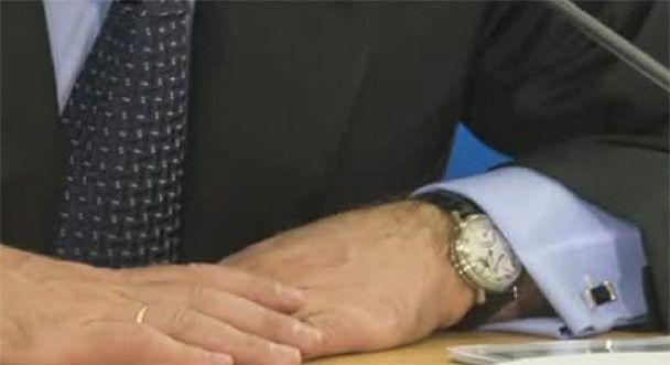 Годинник у Мєдвєдєва втричі дорожчий, ніж у Путіна