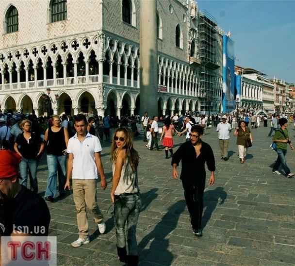 Лобода на червоній доріжці у Венеції познайомилась із Клуні