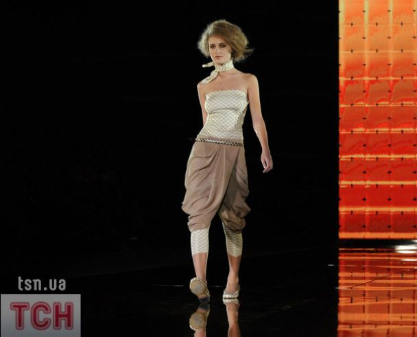 Український тиждень моди: чоловіки-наречені на подіумі