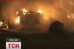 Троє заробітчан згоріли під час великої пожежі у Києві