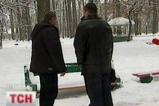 """В лісах під Києвом замість """"бойовиків"""" знайшли """"спортсменів"""""""