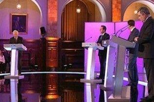 В останньому турі британських теледебатів переміг лідер консерваторів
