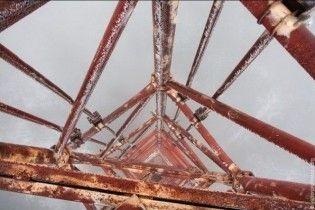 На Одещині намагалися спиляти телевежу на металобрухт