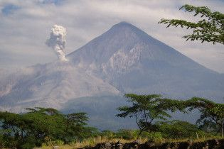 У Гватемалі почалося виверження вулкана: попіл піднявся на висоту 8 км