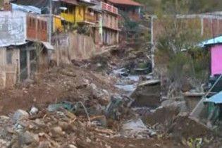 44 людини загинули в результаті повеней і зсувів у Мексиці