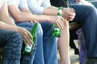 Школяр до смерті забив чоловіка, який попросив пригостити його пивом