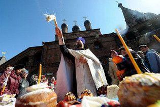 На Великдень київські чиновники розійдуться по церквах