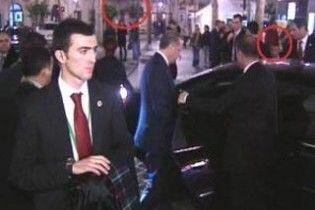 В Іспанії у прем'єр-міністра Туреччини кинули черевик