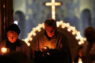 Вперше в історії українського телебачення журналісти розповідатимуть про святкування Великодня з Єрусалиму