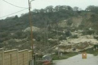 Зливи викликали сильні зсуви в кількох районах Італії
