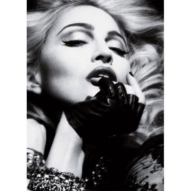 Мадонна показала своє тіло без фотошопа