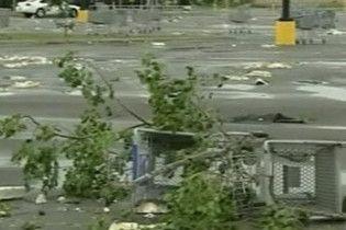 На південний схід Техасу несподівано налетів потужний торнадо
