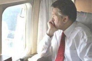 Ющенко не зміг долетіти до Полтави