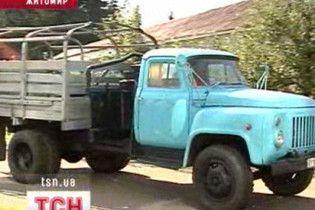 У Житомирі розробили вантажівку, яка їздить на хмизі