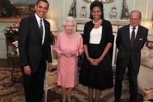 Обама подарував англійській королеві iPod