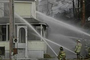 Десятки будинків в США згоріли через пожежу в Християнському центрі