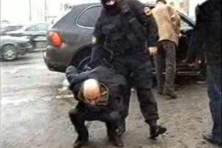 """Міліцейський спецназ при штурмі помилився """"Поршем"""""""