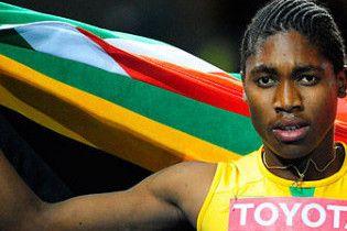 Чемпіонку світу з бігу на 800 м підозрюють в тому, що вона чоловік