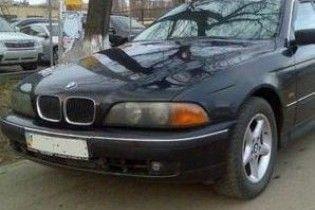 П'яний мажор на BMW переїхав дівчину, що лежала на пляжі