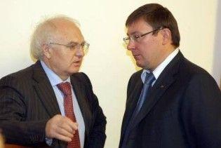 Регіонали готові підтримати уряд в обмін на відставку двох міністрів
