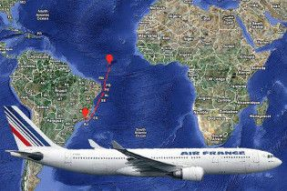 Знайдені нові уламки зниклого над Атлантикою літака