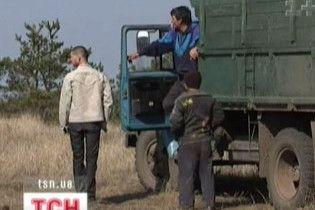 П'яний багатій погрожував застрелити фермерів-сусідів