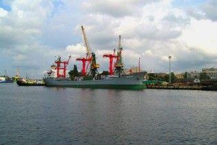 """Українські митники затримали російську """"Святу Анну"""""""