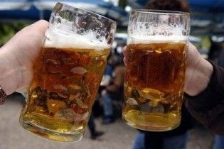 Жителям полінезійського острова вперше за 200 років дозволили пити алкоголь