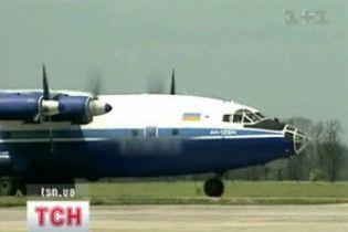 Ющенко налагодив пряме авіасполучення між Україною та Туркменією